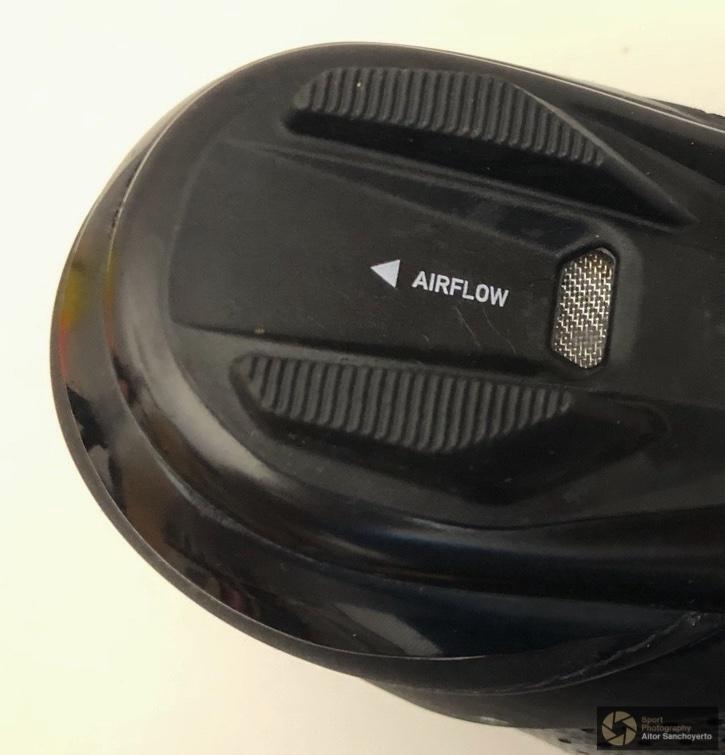 Van Rysel RR 520 - Ventilación en talón