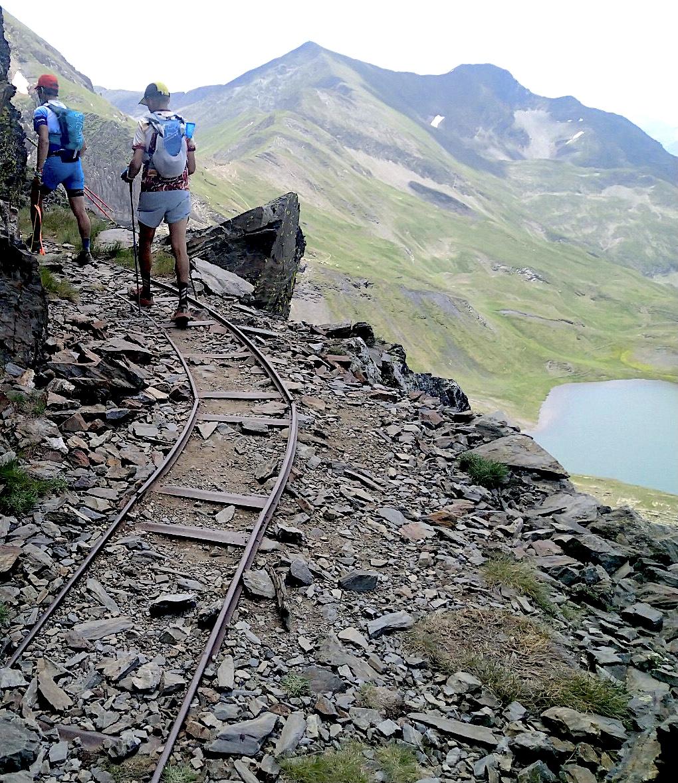 Antiguos railes de las minas de hierro de Urets. Foto: Isidor Caballero